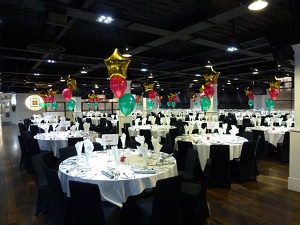 star foil Christmas party balloons
